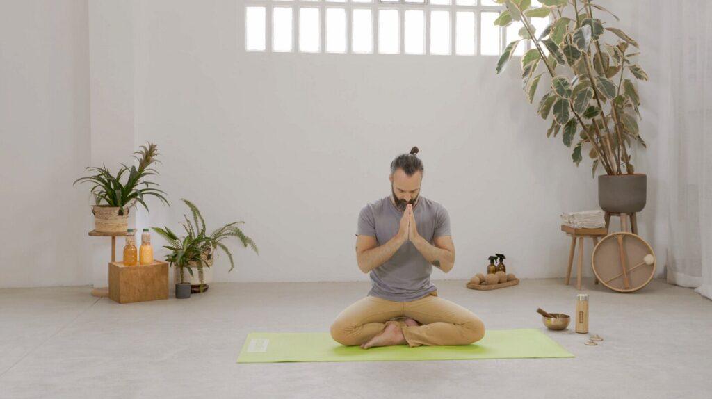 Aprendiendo a meditar' por Miklos Selva