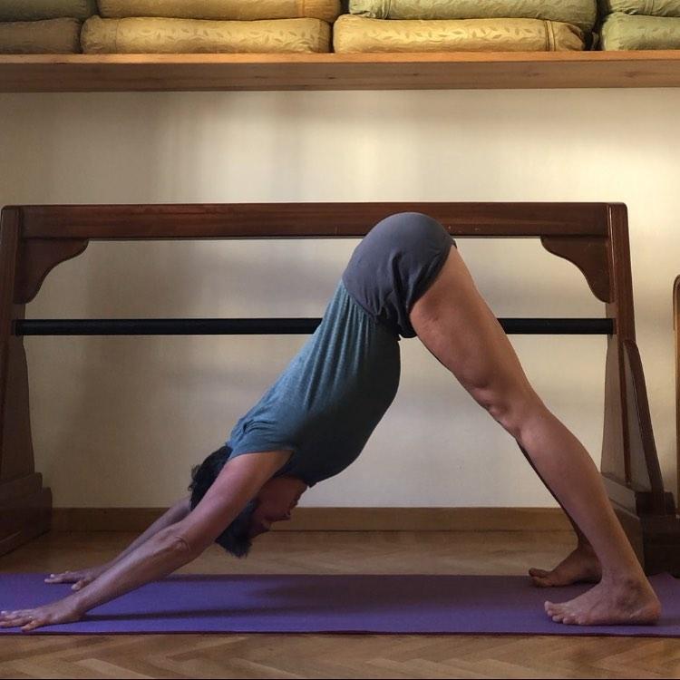 Yoga: Perro boca abajo