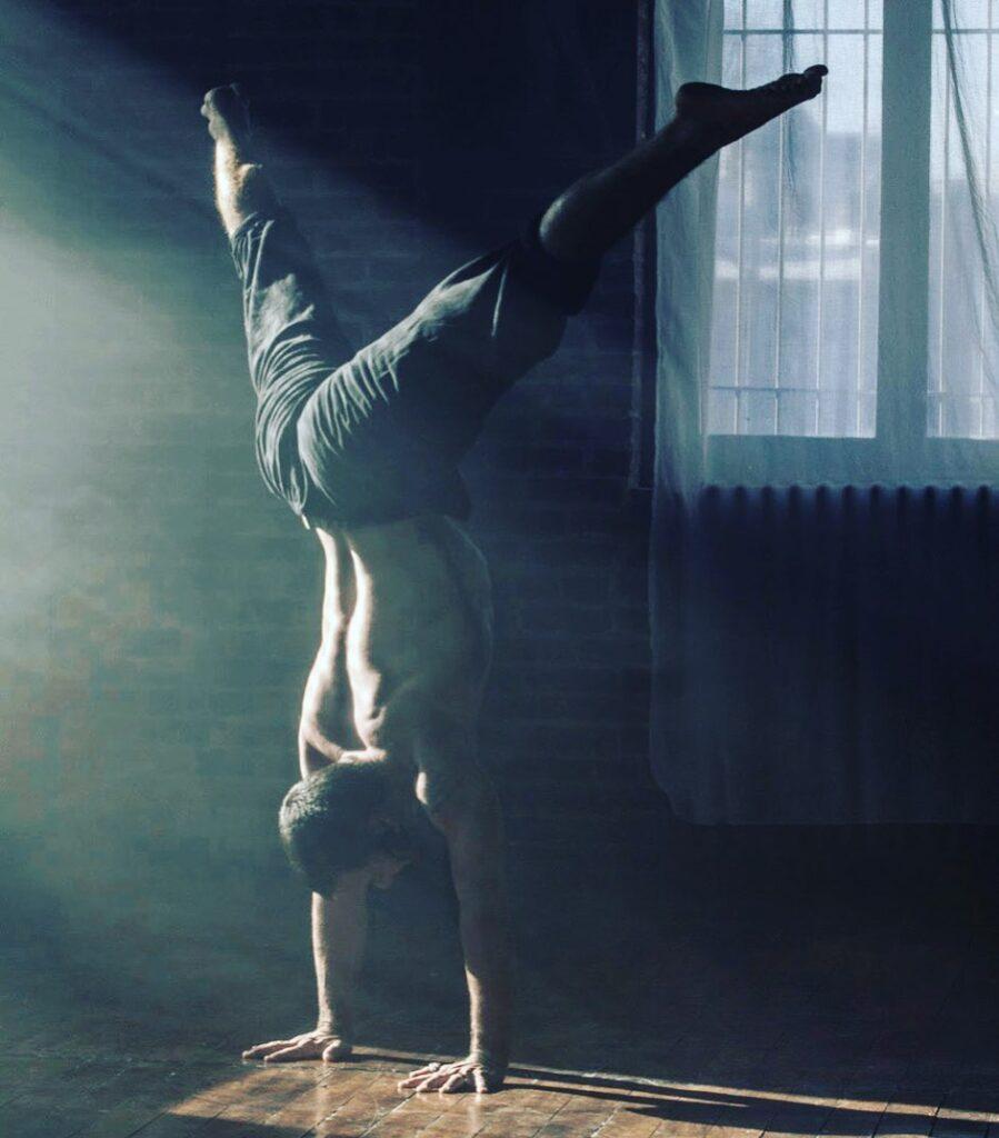 Rocket Yoga con David Kyle